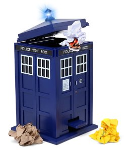 doctor_who_tardis_trash_can